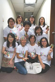 華哈五色匙及DIY T-shirt