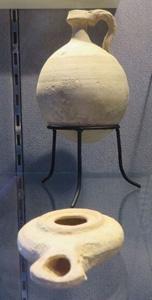 油壺和油燈