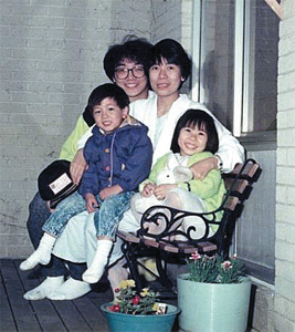 90年代Peter Wong在加拿大全家福
