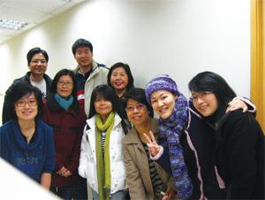 香港第一批義務記者。