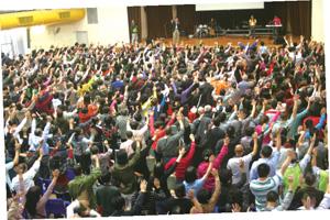 2014年在香港帶領聚會